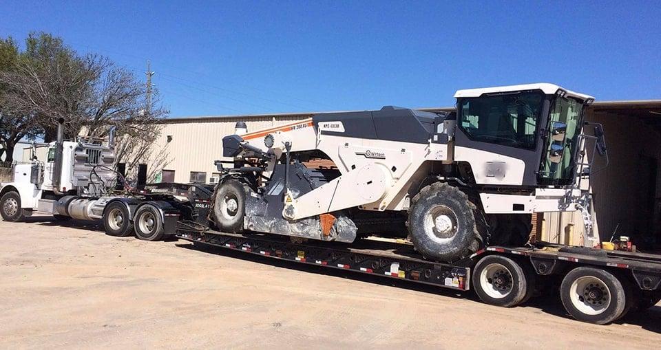 Big Heavy Haul Moffitt Truck-min