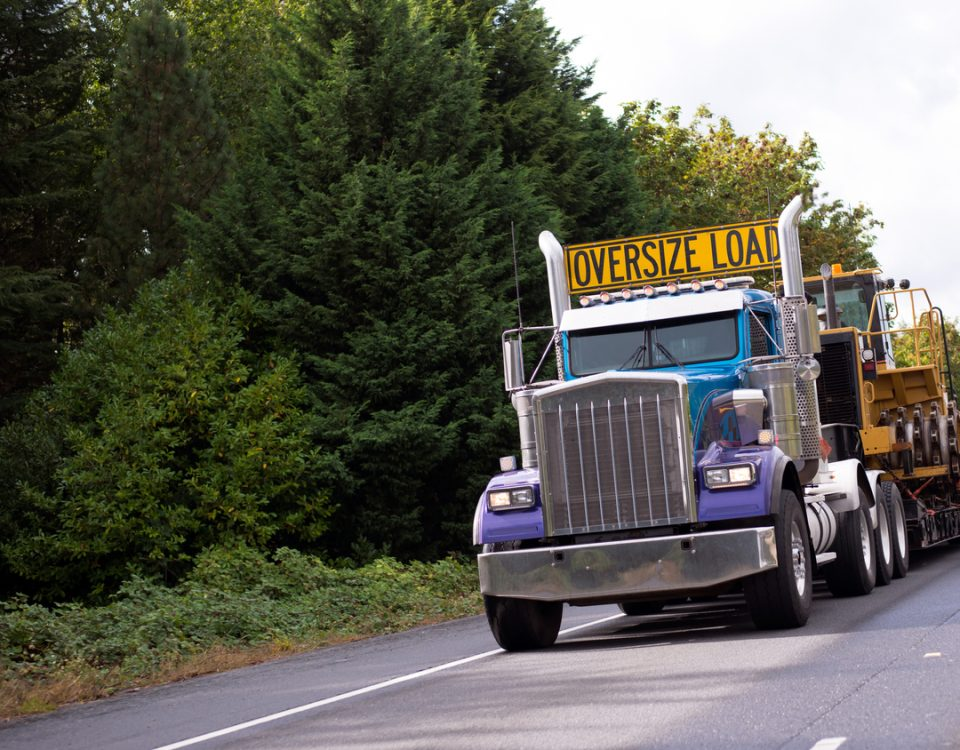 What You Need To Know Before Hiring a Heavy Haul Company